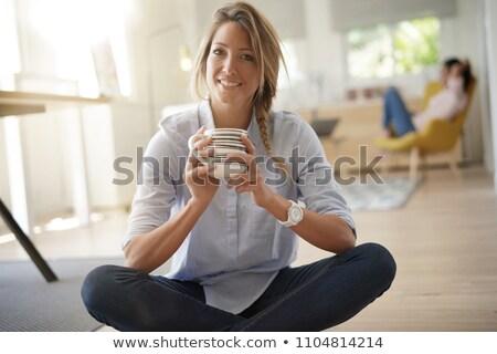 Ritratto donna bionda bere bevanda calda donna capelli Foto d'archivio © photography33