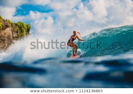 若い女の子 · ボディ · サーフィン · ビーチ · 水 · スポーツ - ストックフォト © mikecharles