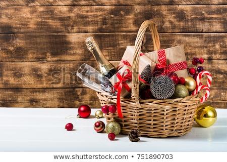 natal · cesta · completo · presentes · cartão · apresentar - foto stock © vanessavr
