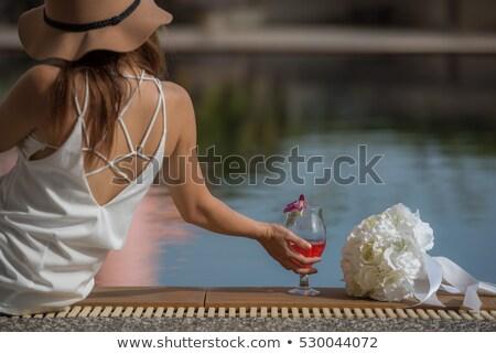 Stockfoto: Mooie · jonge · vrouw · dranken · rode · wijn · oceaan · hemel