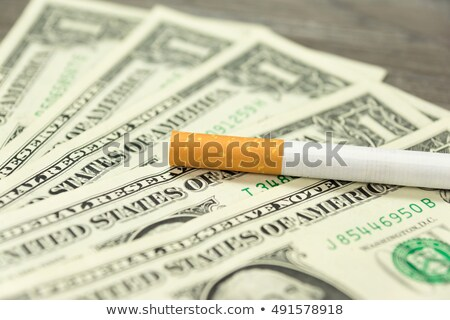 Tabaco impuesto cigarrillos dinero blanco negro Foto stock © joker