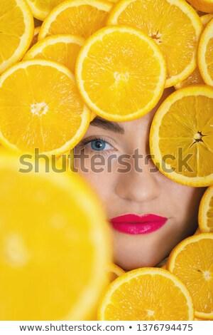 lábios · vermelhos · sorrir · mulher · dentes · brancos - foto stock © feedough