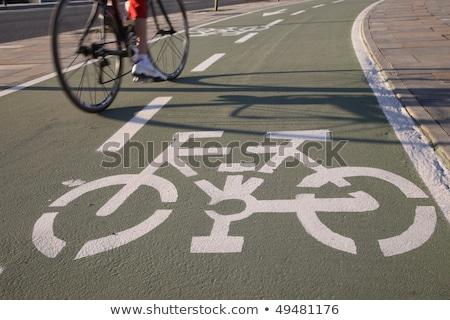 árnyék kerékpáros bicikli sáv lovaglás bicikli Stock fotó © stevanovicigor
