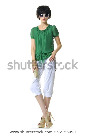 jonge · vrouw · toga · permanente · handen · heupen · ernstig - stockfoto © feedough