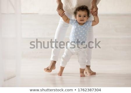 első · séta · aranyos · baba · tanul · család - stock fotó © lopolo