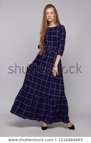 写真 · 白人 · 若い女性 · ドレス · 花束 - ストックフォト © elenabatkova