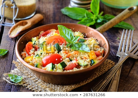 Vegetariano cuscús tomate zanahoria Chick vegetales Foto stock © M-studio