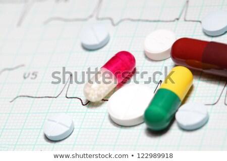 医療 グラフ 錠剤 準備 書く ペン ストックフォト © Klinker