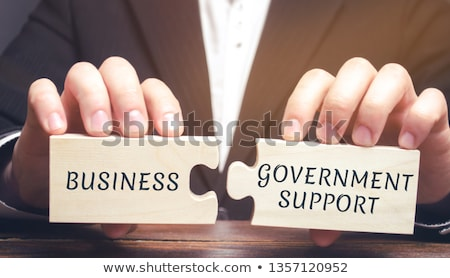 Pożyczka słowo człowiek biznesu wskazując ceny strony Zdjęcia stock © fuzzbones0