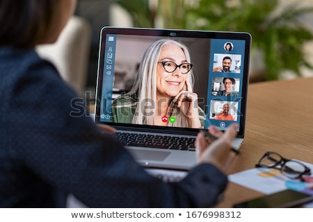 Stockfoto: Zakenvrouw · video · oproep · laptop · business · technologie