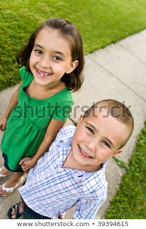cute · hermanos · hermana · caminando · escuela - foto stock © feverpitch