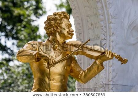 szobor · Bécs · Ausztria · város · arany · építészet - stock fotó © borisb17