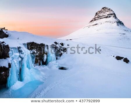Congelada inverno cachoeira água para baixo cara Foto stock © peterveiler