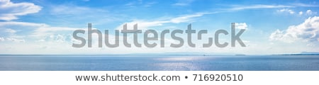 синий морской пейзаж горизонте облака темно копия пространства Сток-фото © bobbigmac