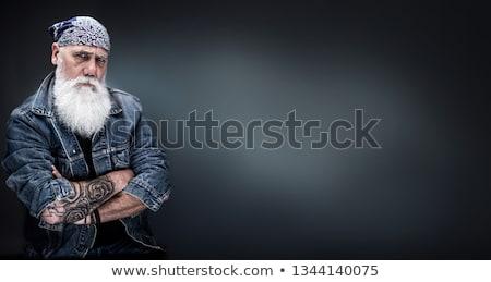 Twardy facet patrząc człowiek sztuki shirt Zdjęcia stock © meshaq2000