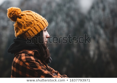 Mulher jovem floresta primavera mulher cabelo árvores Foto stock © taden