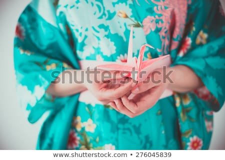 Сток-фото: красивой · гейш · оригами · птица · женщину