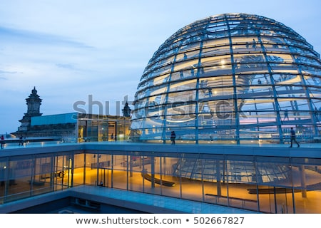 Híres Berlin utolsó napsütés nap épület Stock fotó © elxeneize
