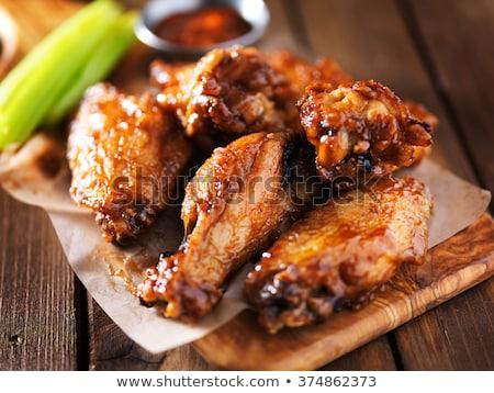 鶏 · 翼 · バーベキュー · ソーセージ · バーベキュー · 食品 - ストックフォト © danielbarquero