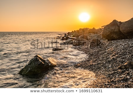 Ufer Meer Landschaft bewölkt Tag Himmel Stock foto © Kotenko