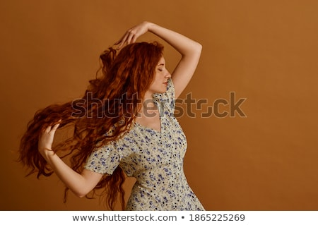 Stockfoto: Vrouw · poseren · bloemen · portret · aantrekkelijk