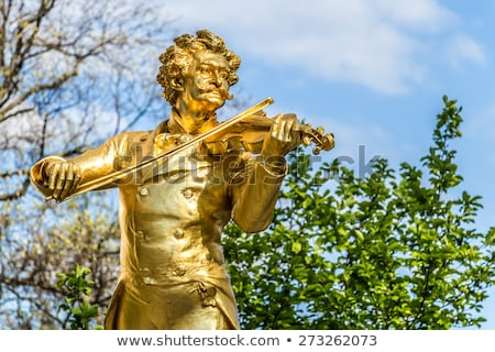 szobor · Bécs · Ausztria · város · arany · építészet - stock fotó © vladacanon