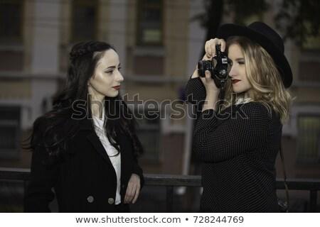 Eine Frau Aufnahme Bild ein anderer Frau sexy Stock foto © IS2