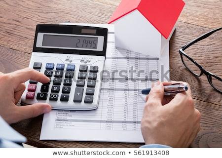 üzletember tulajdon adó közelkép személy kéz Stock fotó © AndreyPopov