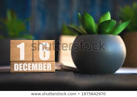Cubes décembre rouge blanche table jour Photo stock © Oakozhan