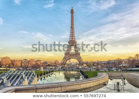 Torre · Eiffel · parque · verde · Paris · França · céu - foto stock © givaga