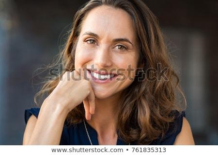 portré · aranyos · érett · nő · mosolyog · közelkép · középkorú · nő - stock fotó © Rustam