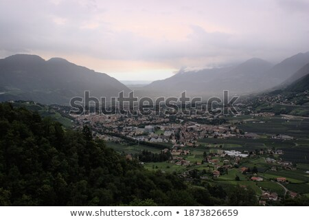 Sağanak vadi stilize yol gün gökyüzü Stok fotoğraf © tracer