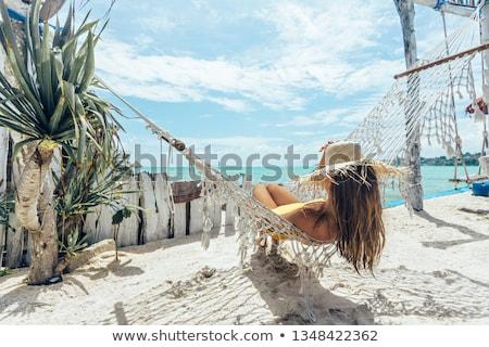 Foto stock: Mulher · praia · pôr · do · sol · menina · verão · viajar