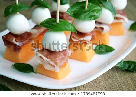 melón · jamón · mozzarella · restaurante · cena · ensalada - foto stock © M-studio