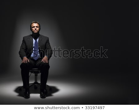 zakenman · vergadering · spotlight · kantoor · man · licht - stockfoto © monkey_business