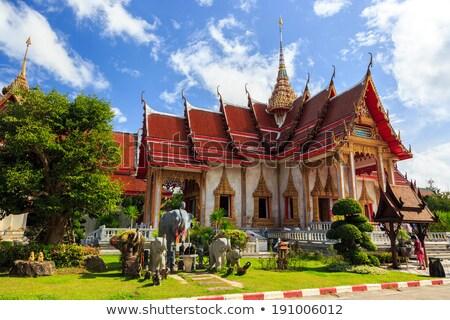 Fontos templom Phuket égbolt épület istentisztelet Stock fotó © galitskaya