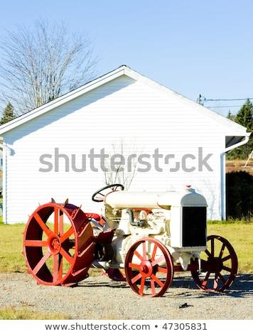 traktor · Maine · USA · piros · gép · szabadtér - stock fotó © phbcz