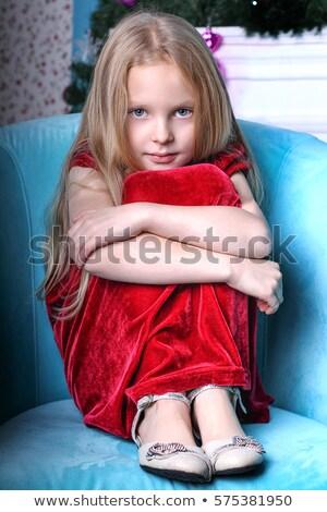 csinos · szőke · nő · lány · karok · körül · ülő - stock fotó © stryjek