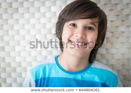 Weinig jongen glimlachend alleen illustratie gelukkig Stockfoto © bluering