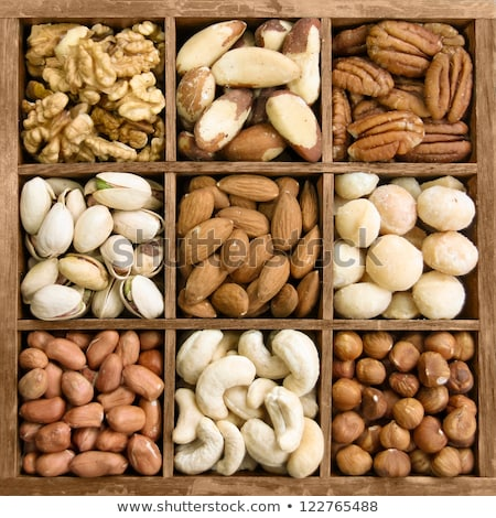 Foto stock: Various Nuts In Wooden Box