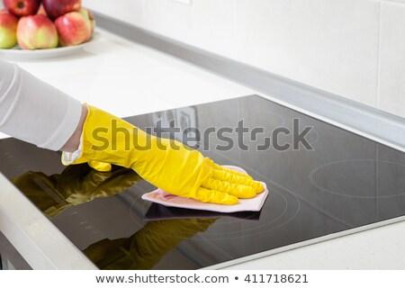vrouw · schoonmaken · vod · jonge · afrikaanse · keuken - stockfoto © andreypopov
