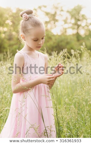女の子 · 白 · スポーツ · 行使 · 子供 - ストックフォト © paha_l