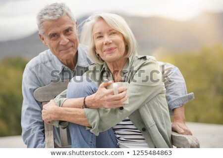 ouder · paar · buitenshuis · hot · dranken · gelukkig - stockfoto © photography33