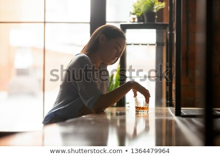 Vidrio espíritu adolescente potable Foto stock © monkey_business