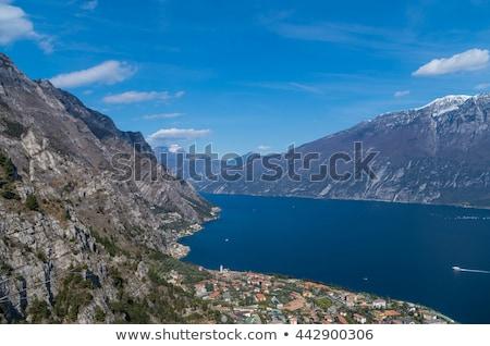 région · lac · boire · montagnes · nuage · architecture - photo stock © xbrchx