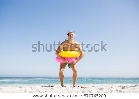 ストックフォト: 男 · ポーズ · ビーチ · 休暇 · ココナッツ · 自然