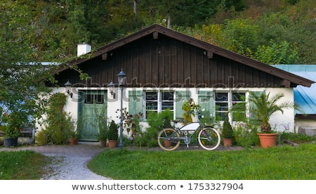 Araç dışında bungalov ağaç arka plan pencere Stok fotoğraf © zzve