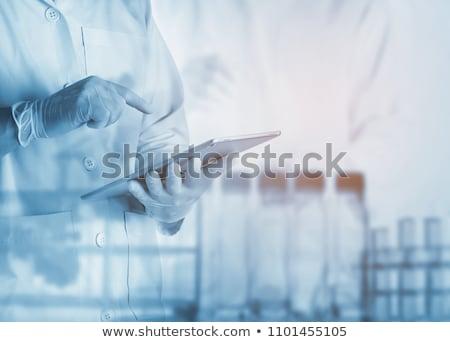 Wetenschappelijk onderzoek technologie medische chemie vloeibare apotheek Stockfoto © ongap