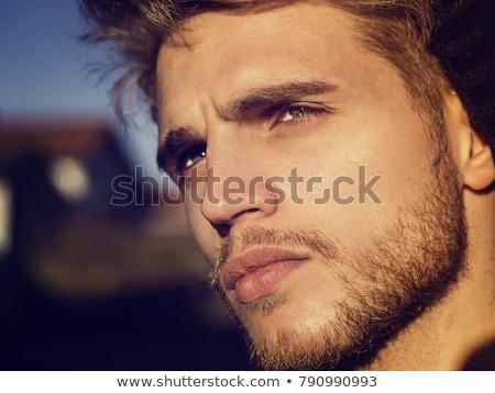 hoofd · shot · mannelijk · model · studio · witte · muur - stockfoto © vanessavr