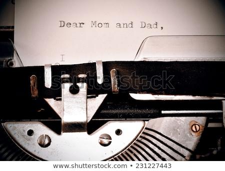 szöveg · anya · apa · öreg · írógép · levél - stock fotó © jarin13